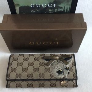 Auth GUCCI Rare Vintage Chihuahua Long Wallet